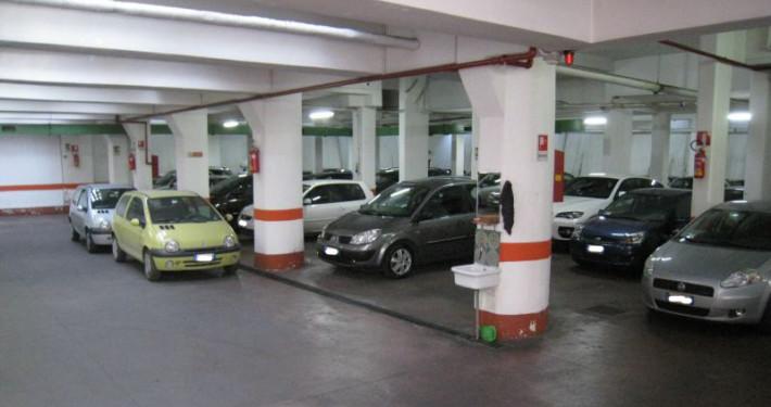 parcheggio viale marconi interno 2