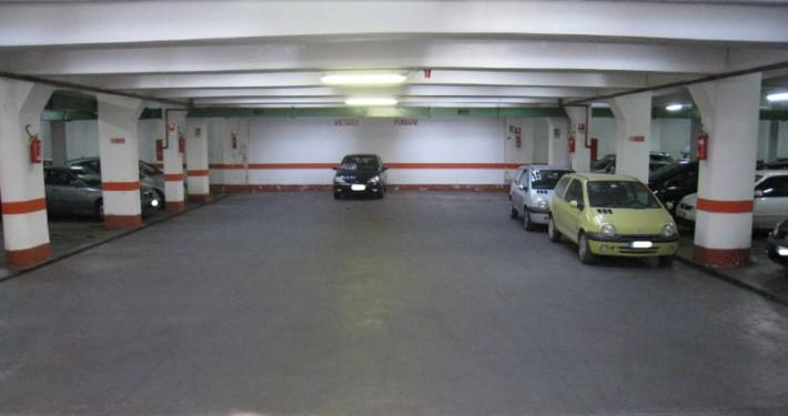 parcheggio viale marconi interno