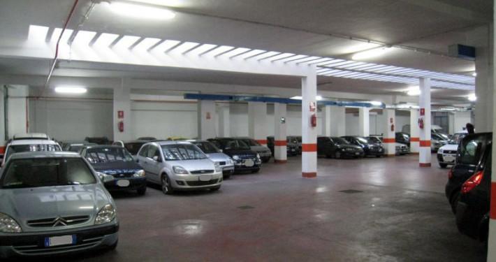Parcheggio roma Eroi interno 3