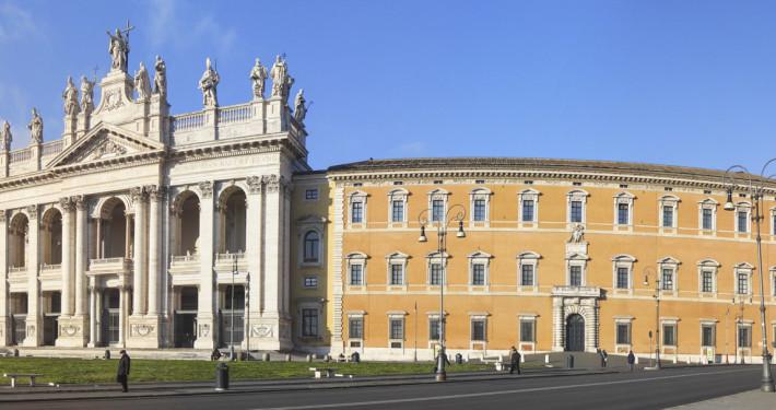 basilica san giovanni roma esterno